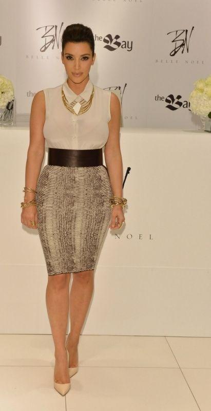 Kim Kardashian Fashion and Style - Kim Kardashian Dress, Clothes, Hairstyle - Page 11