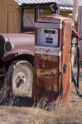 Old Gas Pump 1 by RandyTalley, via Flickr