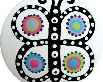 Blanca y caliente rosa topos negros por LisaEverettDesigns en Etsy