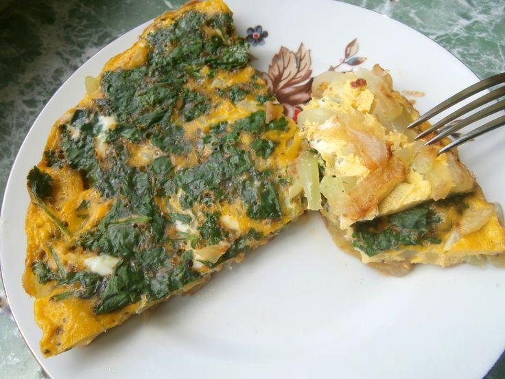 Омлет с кабачками Рецепт омлета с кабачками прост и позволяет приготовить быстро полезный, вкусный и диетический завтрак или ужин.