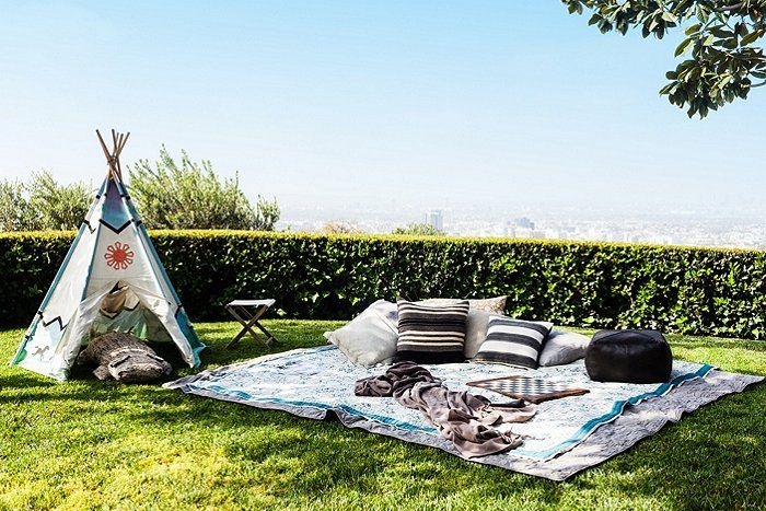 Claire Stansfield created the perfect spot for lazy summer lounging.
