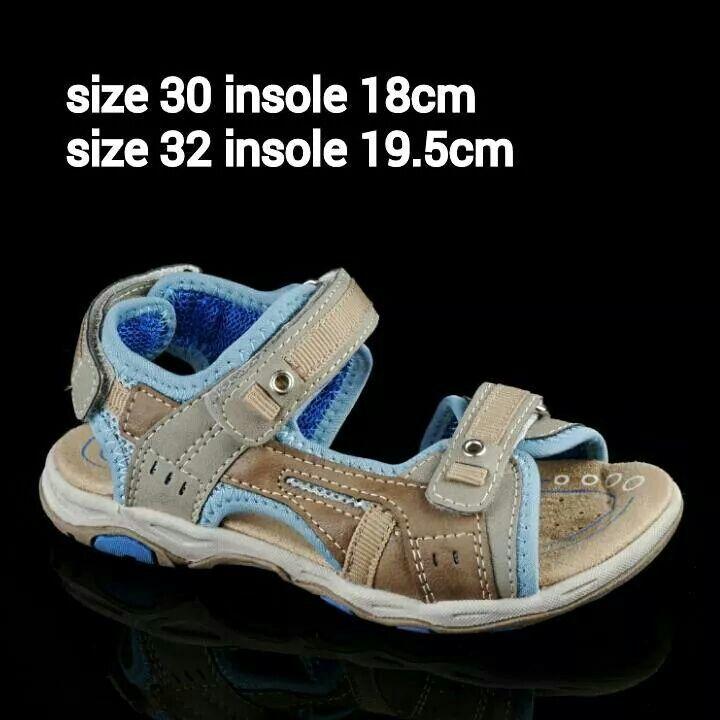READY STOCK KIDS LEATHER SANDAL KODE : CURTIS BEIGE Size 30,32 PRICE : Rp.225.000 AVAILABLE SIZE : - Size 30 (18cm) - Size 32 (19,5cm)  MATERIAL : Genuine Leather (Kulit Asli), Sol Empuk. Sesuai untuk anak-anak :)   FOR ORDER : SMS/Whatsapp 087777111986 PIN BB 766a6420 Facebook : Mayorishop  #pusatsepatubootsanak #sandalanak #sandalkulitanak #sandalsantai #sandalgunung #sandalnyaman #casualshoes #kulitasli #genuineleather #sisaekspor #brandedshoes #germanbrandedshoes #europeanbrand…