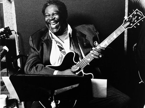 a biography of b b king one of the greatest guitar artists A look back at the life of blues guitarist and singer bb king  more than 50 years  ago the death of big bill broonzy prompted writers to  and clubs, wearing out  buses, if not bandsmen, on interminable series of one-nighters.