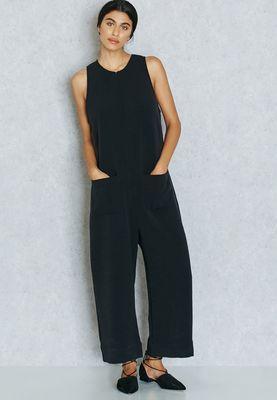 https://en-sa.namshi.com/buy-mango-zip-detailed-jumpsuit-for-women-jumpsuits-199347.html