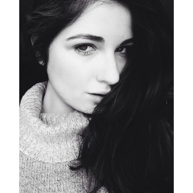 #TGIF #thank #god #its #friday #black #white #picoftheday #polishgirl #grey #turtleneck #sweater #weather