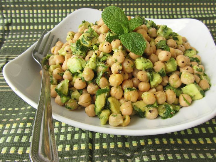 avocado lime chickpea salad:  canned chickpeas, avo, lime, evoo, garlic, mint.
