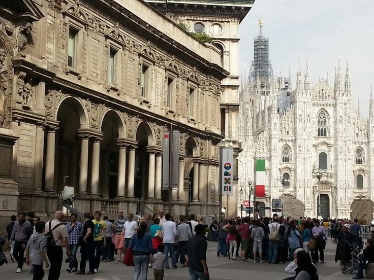 Milano, il duomo dalla loggia dei mercanti