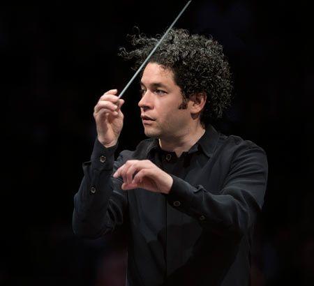Concierto dirigido por Gustavo Dudamel en Santiago de Compostela. Ocio en Galicia | Ocio en Santiago. Agenda actividades. Cine, conciertos, espectaculos