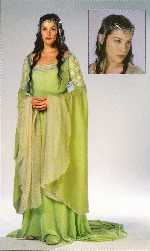 Arwen. Vestido de boda que luce en su escena final en El Retorno del Rey. Muy similar al de terciopelo rojo y negro, este vestido es también de terciopelo verde lima con adornos de seda bordada en oro