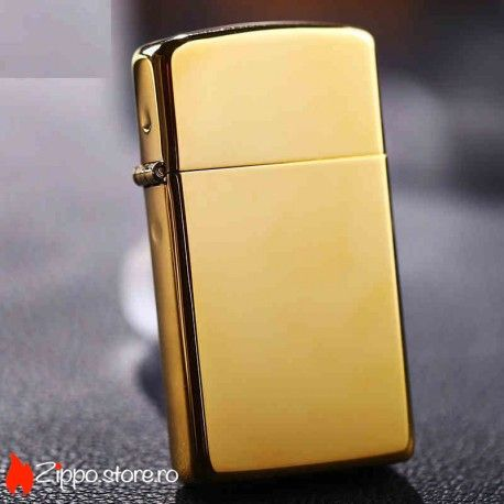 Zippo High Polish Solid Brass Slim este una din brichetele Zippo clasice, cu un luciu simplu si elegant, realizata in totalitate din alama. Pentru un cadou ce sigur va fi apreciat, bricheta poate fi personalizata, fie cu un text, fie cu imagine.