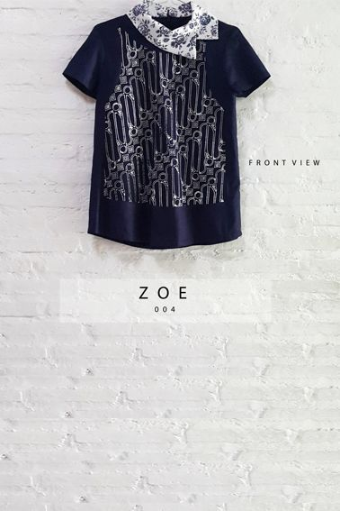 Asymmetric Semi-Satin Batik Parang Combination Collared Blouse Length of Blouse : 59.5 cm. Material Used : Batik Cap Parang, Cotton. Premium Navy Blue Cotton. Collar, Jacquard Fabric. Standard Zipper Length (50-55cm) at the back