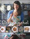 Rachel Khoo  / Chez Rachel : een frisse en simpele kijk op traditionele Franse recepten De Britse rachel Khoo trok naar Parijs en dompelde zich onder in 'la vie Pariesienne' en merkte dat Frans koken helemaal niet moeilijk is.