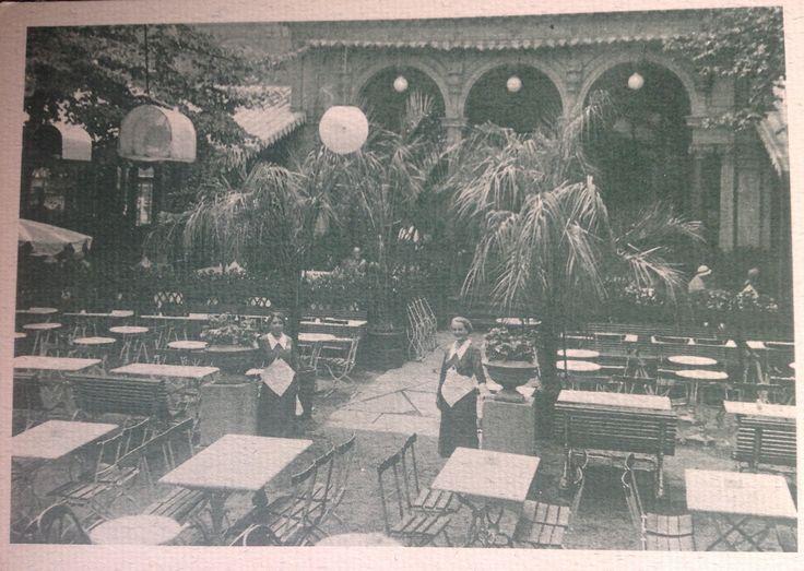 Ravintola Kappeli Helsingin Esplanadien helmi jo vuodesta 1837 Helsinki Finland