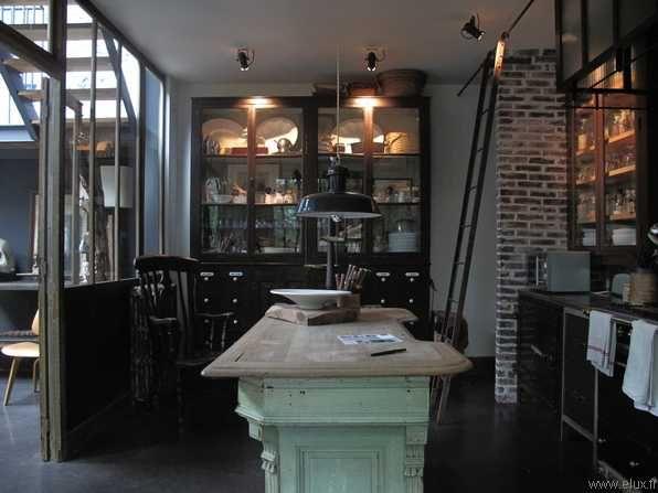 cuisine style industriel verri re c t maison. Black Bedroom Furniture Sets. Home Design Ideas