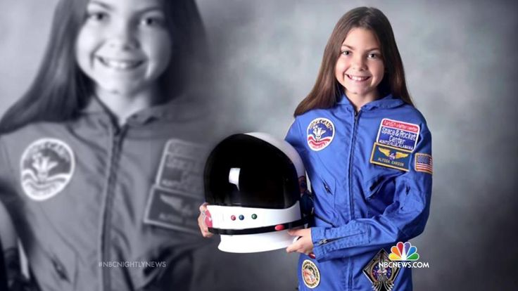 13-Year-Old Girl Plans to Be First Astronaut to Walk on Mars Alyssa Carlson has had her sights set on being the first astronaut to step foot on Mars since she was three years old .