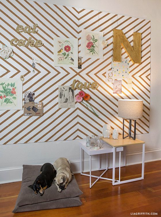 Organizing the New Office Space with this amazing DIY wall of inspiration using corkboards #MichaelsMakers