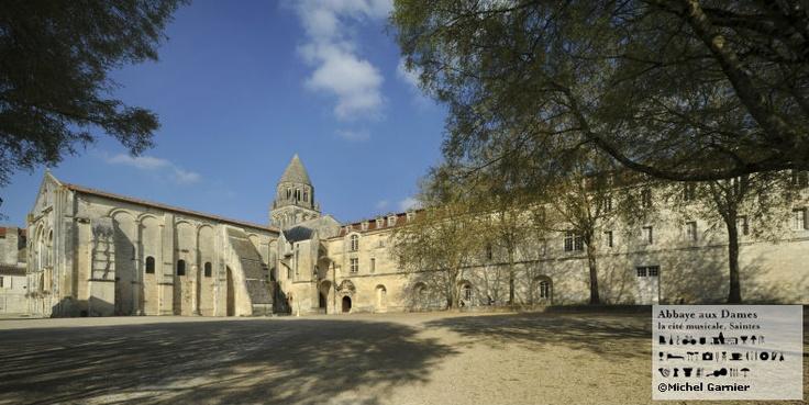 L'Abbaye aux Dames sous la belle lumière de Saintes. http://www.abbayeauxdames.org http://www.facebook.com/abbayeauxdames