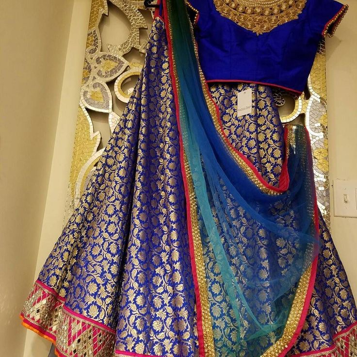 Purchase this gorgeous lehenga and many more styles by @Ruchitadagli on Sunday at our Spring #Wedding Soiree The Verve Natick MA 11-4pm More information on our site must register to attend. #bridalshow #weddingexpo #desi #boston #indianfashion #silk