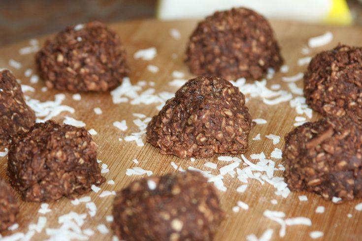 Biscuits au chocolat et noix de coco Pour visionner la vidéo, abonnez-vous à la chaîne http://www.youtube.com/recettesmaroc2