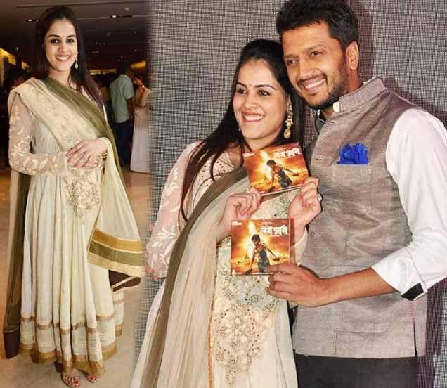 Pregnant Genelia At Reitesh's First Marathi Film Lay Bhari
