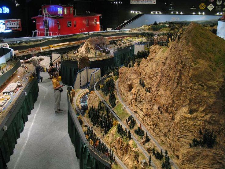 Sundance Used Cars >> HO Scale Model Railroad, HO Scale Railroad Figures and HO ...