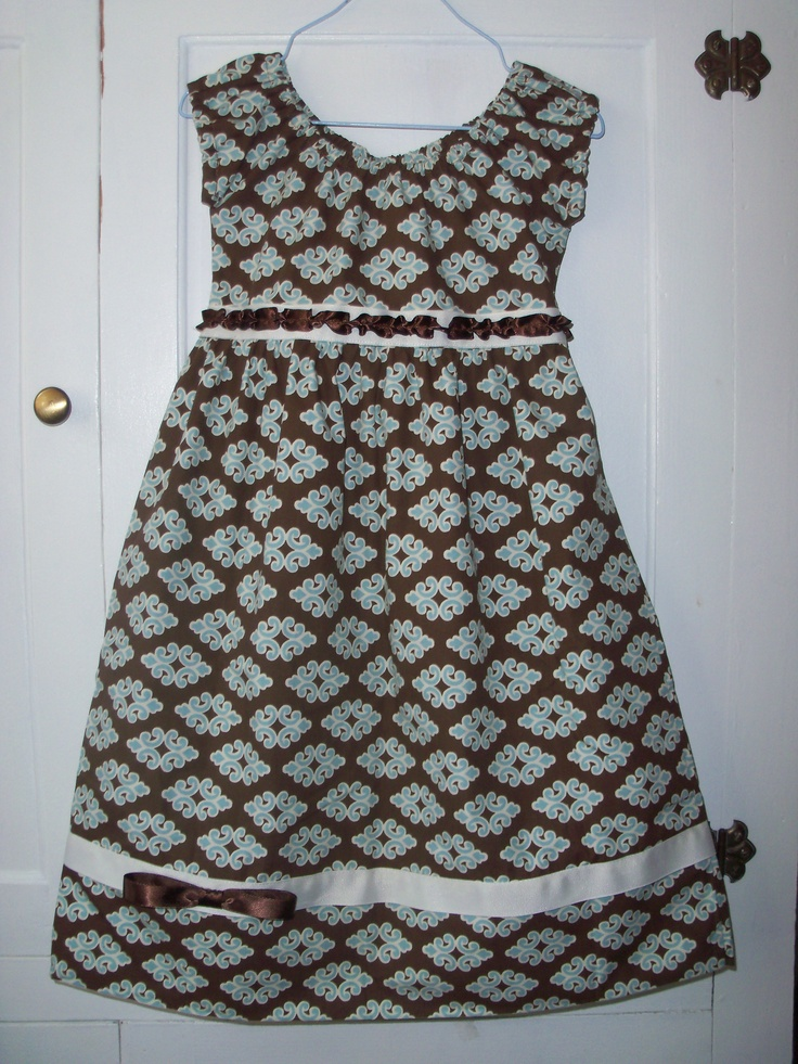 Pillowcase Dress with sleeves- I made matching dresses for Hannah and Sophia using King size ...