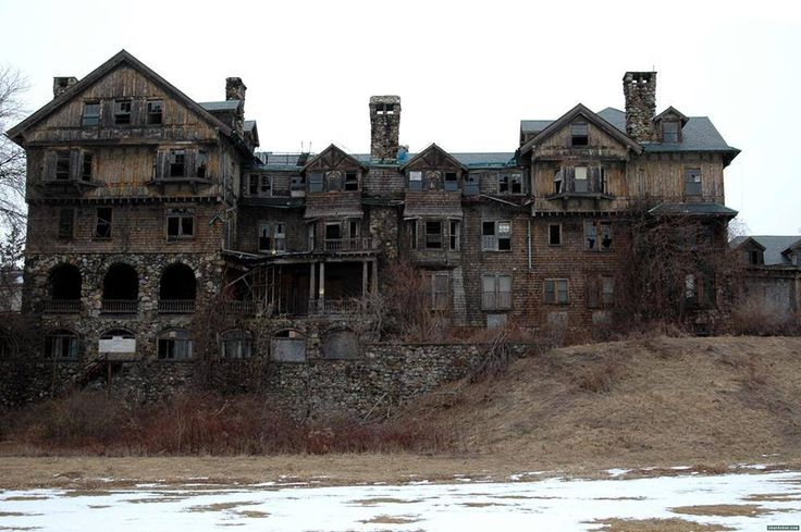 Summerwind Mansion in Wisconsin: The story of Summerwind is one of the most famous ghost stories of all time, possibly because people call it the most haunted house in Wisconsin. Thousands of people have shared the story, spreading it far beyond a local ghost story. Even though the gorgeous mansion is now just a pile of rubble, it hasn't stopped the stories from continuing. Summerwind was located ...See more