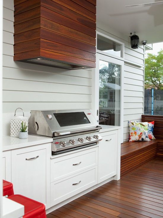A-Perfect-Merger-Between-Traditional-and-Modern-Patio-Design-That-Completed-With-Modern-Outdoor-BBQ-Exhaust-Fans-Suitable-With-Charming-Laminate-Floor