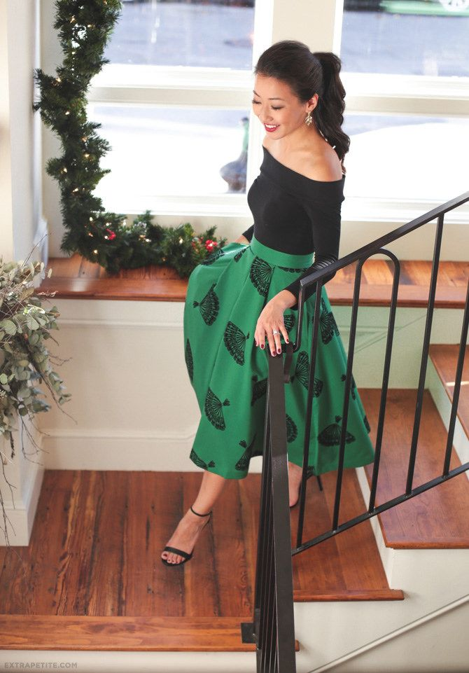 retro glam party outfit // midi A-line fan skirt + off shoulder top