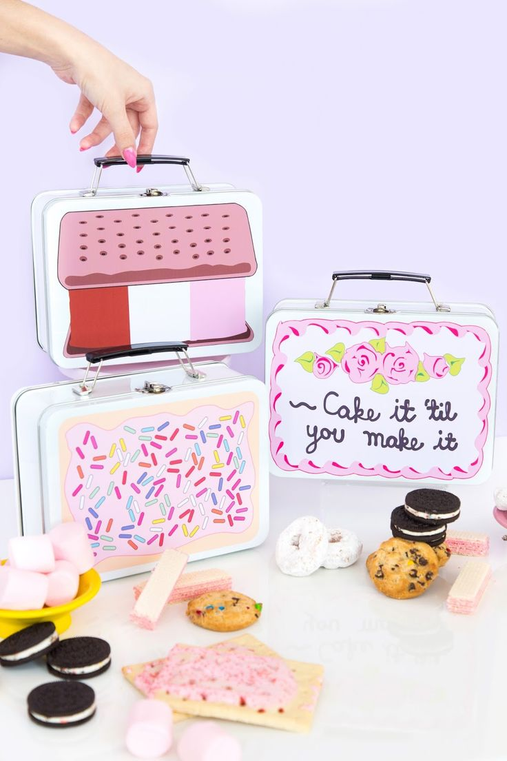 » DIY Back-To-School Sweet Tooth Lunchboxes