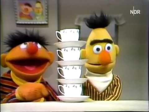 Ernie und Bert - Tassen zählen (Sesamstrasse)