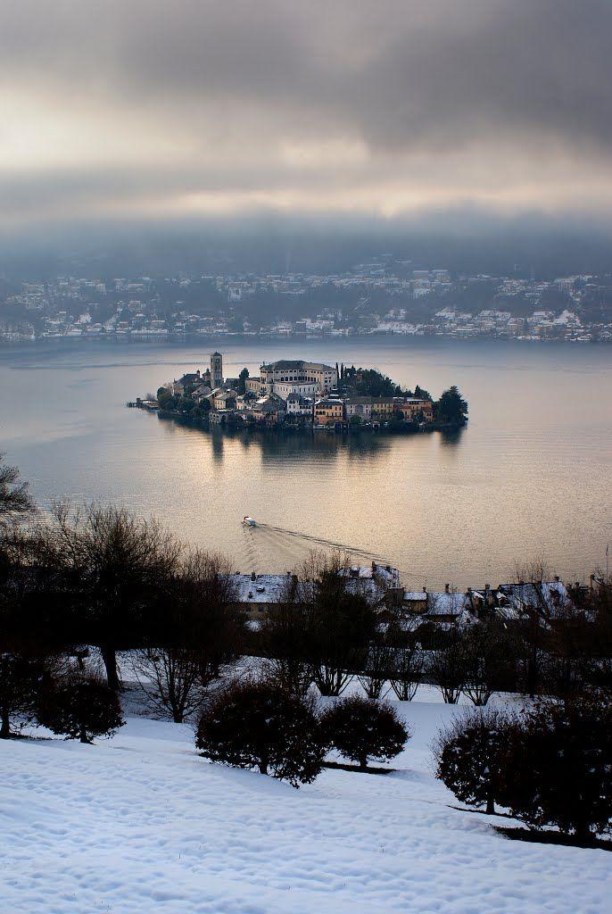 San Giulio Island (Novara), Lake Orta, Piemonte, Italy. Sono andata almeno 8 volte, in particolare nel Monastero Mater Ecclesiae delle Benedettine da Madre Canopi.