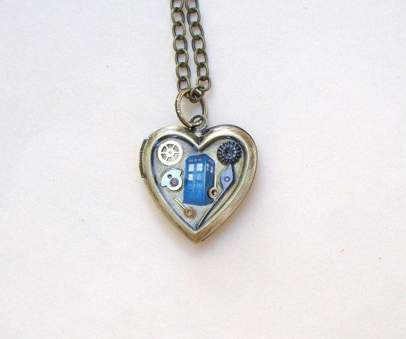 Doctor Who Tardis Locket Necklace, I think it would make a good wedding favor for the bridesmaids.