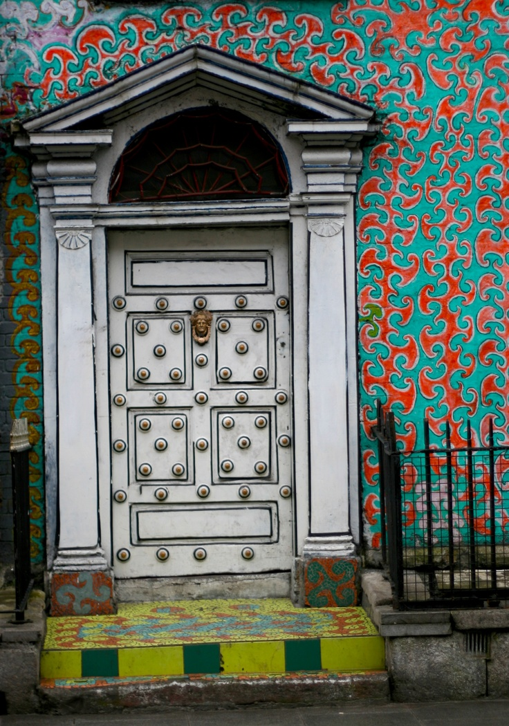 Color paint surrounds an Irish door. & 60 best Irish doors images on Pinterest | Irish Ireland and Windows pezcame.com