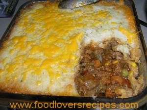 Serves 6 Here's a healthier take on family favourite shepherd's pie - a great winter warmer. Use mashed cauliflower instead of potato for a lighter version of that classic pie topping. Ingredients 1 large head cauliflower florets, chopped 4 tbsp olive oil (or coconut oil) 1 tsp ground cumin 1 brown onion, diced 4…