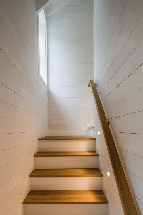 25 best images about stairs on pinterest grey carpet for Enclosed staircase design