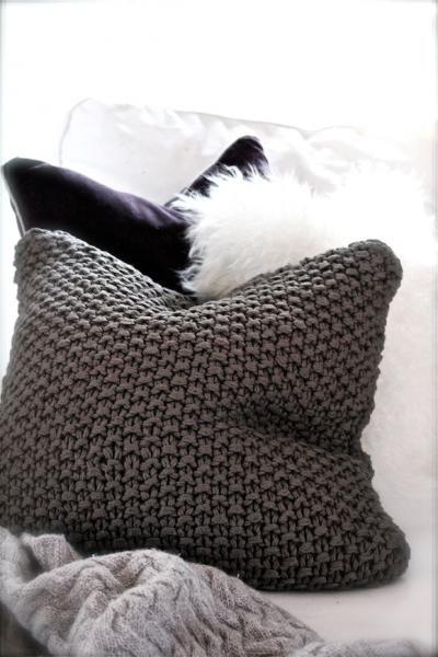 Coussin tricot déco gris