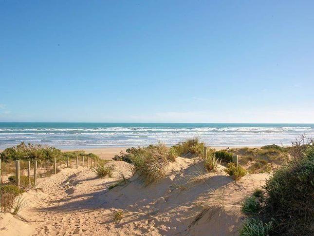 Goolwa beach Fleurieu Peninsula South Australia • Adelaide's beaches