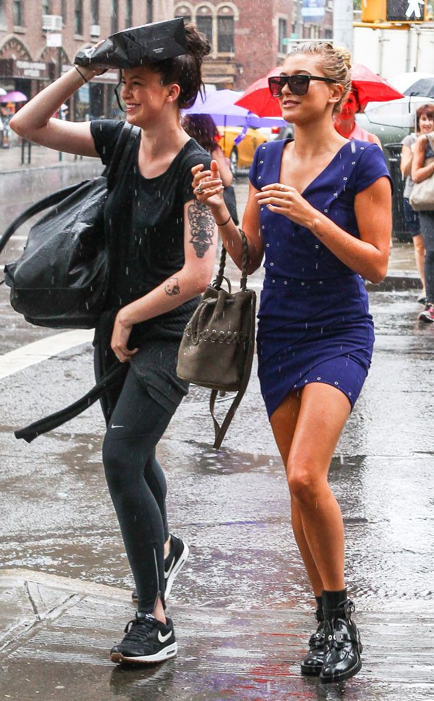 Hailey Baldwin & Ireland Baldwin from The Big Picture: Today's Hot Pics  Caught in the rain! The cousins brave the bad weather in NYC.