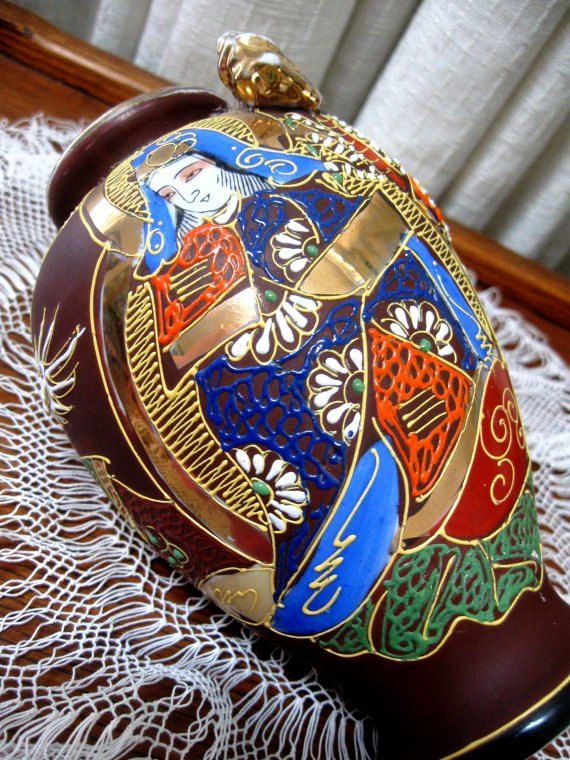 Vintage Vase Geisha Girl Oriental Kutani Dragonware Moriagi