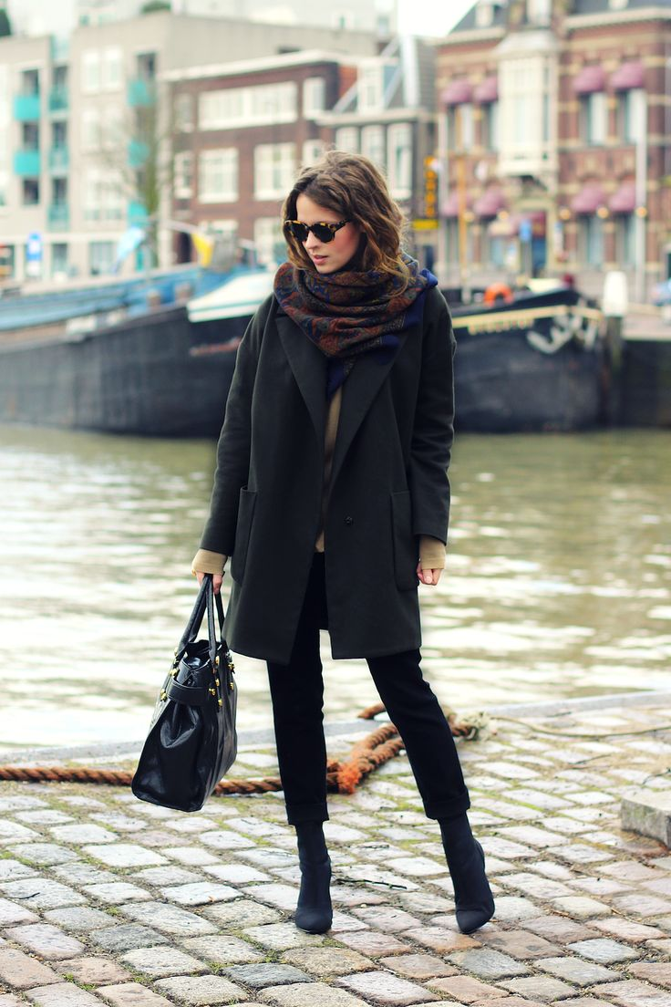 Topshop Boutique coat, Zara cashmere sweater and trousers, vintage scarf, Benetton bag and Karen Walker sunglasses | Fash n Chips