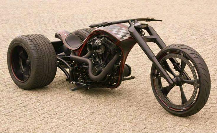 Bozzies Custom Double Trouble Trike