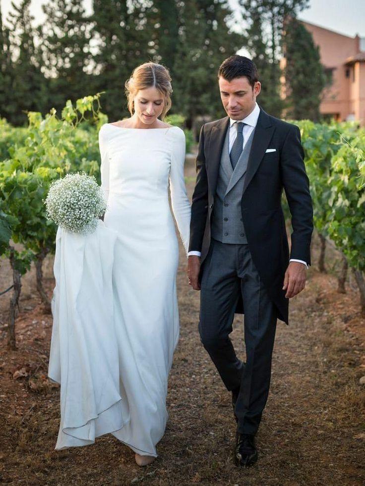 Long sleeve coat wedding dresses