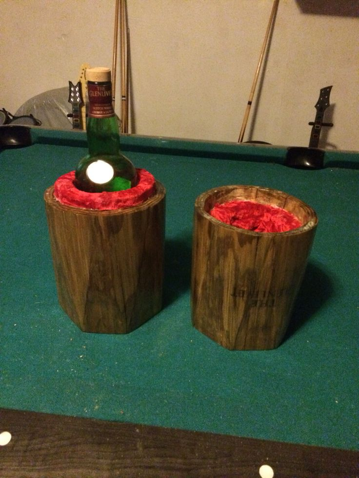 Liqueur bottle case, carved out of 1 solid piece of wood