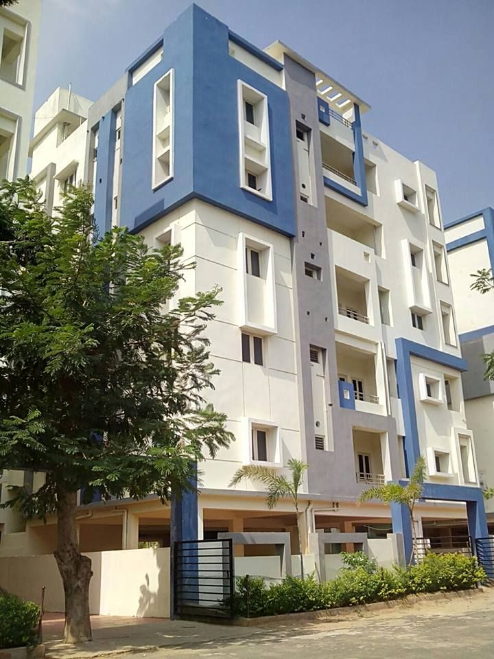 > 3 BHK Residential Flats For Sale  > Location: Marikavalasa, Visakhapatnam  > Facing : North  > Total Area : 2200 Sq ft > Price: Rs.66 Lakhs http://www.vizagrealestate.com/property/3-bhk-residential-flats-sale-marikavalasa-visakhapatnam/