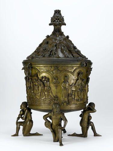 Pila Bautismal de bronce de la Catedral de Hildesheim (Alemania) -Escultura románica alemana. Mediados del S.XIII.