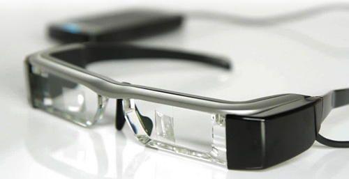 Epson revela novos óculos de realidade virtual Moverio BT-200