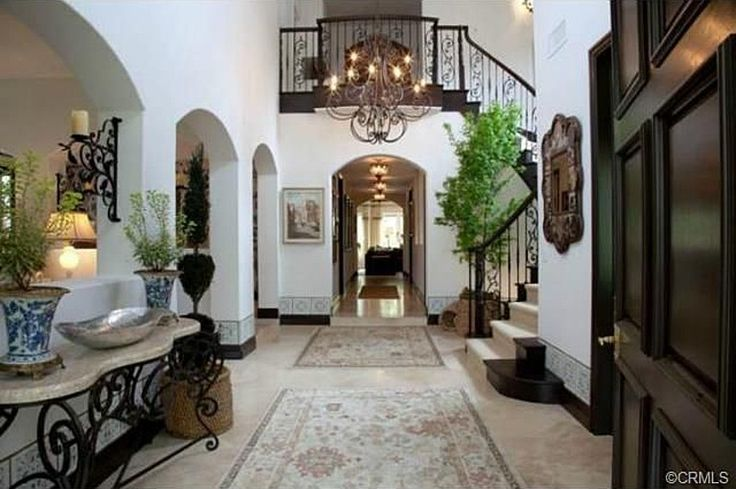 Real Housewife Vicki Gunvalson Selling Redecorated Home | Zillow Blog