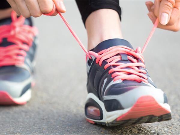Αρκούν 20 λεπτά ήπιας γυμναστικής για να ενισχυθεί το ανοσοποιητικό και να μειωθούν οι φλεγμονές στον οργανισμό σύμφωνα με τους ερευνητές.