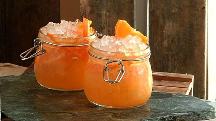 Ørjan Johannessens appelsindrink med cava, sparkling orange.